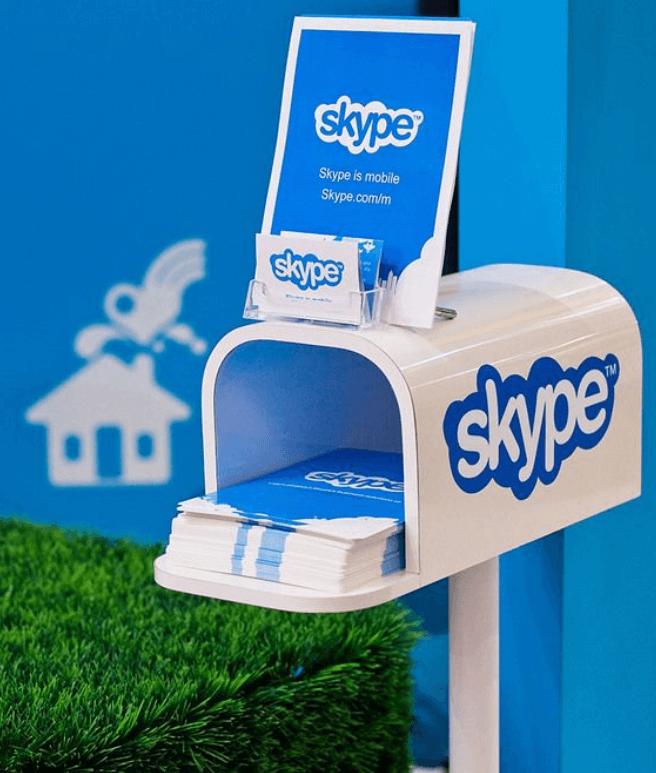 POS-материал — диспенсер Skype